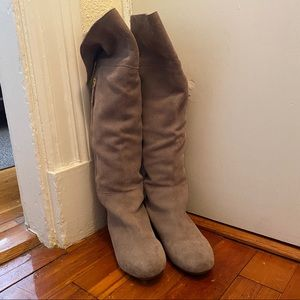 Steve Madden Plyndi Suede Boots